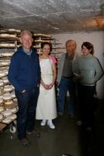 Met Aurélie, Fried Elsen en Magda in de rijpingskelder