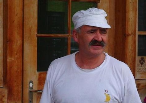 Kaasmaker Michel Béraud in Rougemont (Zwitserland)
