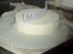Een onderscheidende kaasvorm, een onderscheidend kaasmerk, een onderscheidende kaas-in-wording