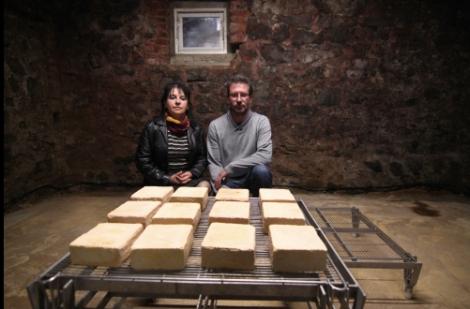 Étienne en Nathalie  Delcambre, affineurs van Maroilles
