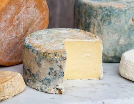 Natural cheesemaking