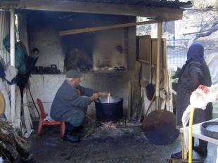 Kaas maken in de achterkeuken ... of de bakoven